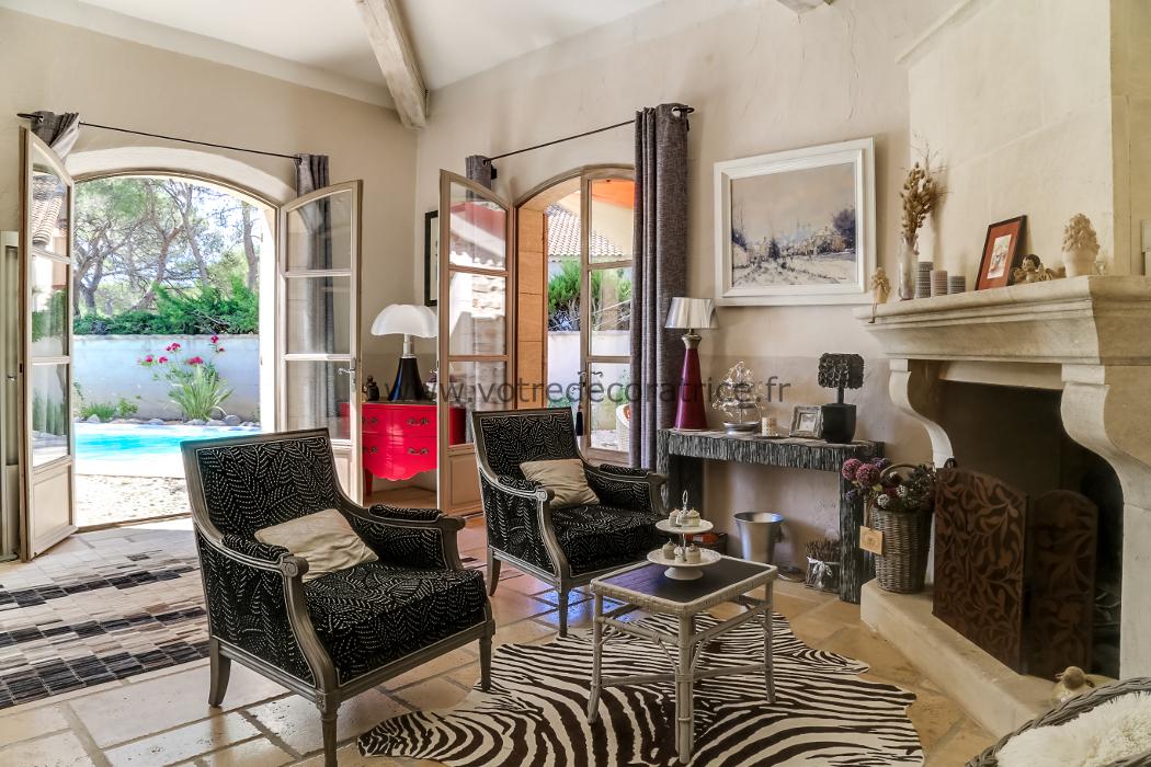dcoration intrieure salon noir et violet villa bouches du rhne